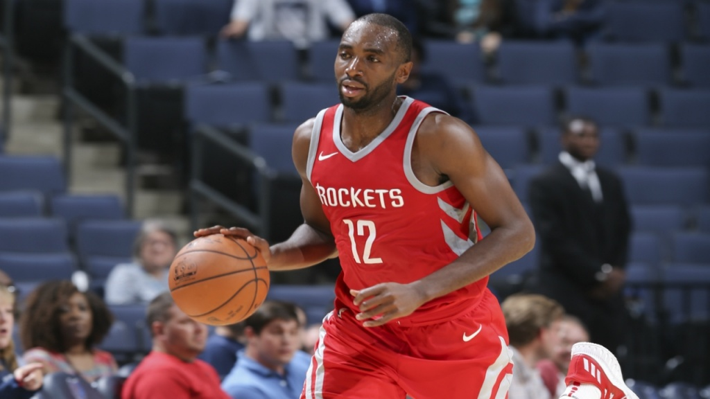 ROCKETS, MBAH A MOUTE TORNA AI CLIPPERS